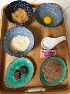 ingrédients moelleux au chocolat au micro-onde