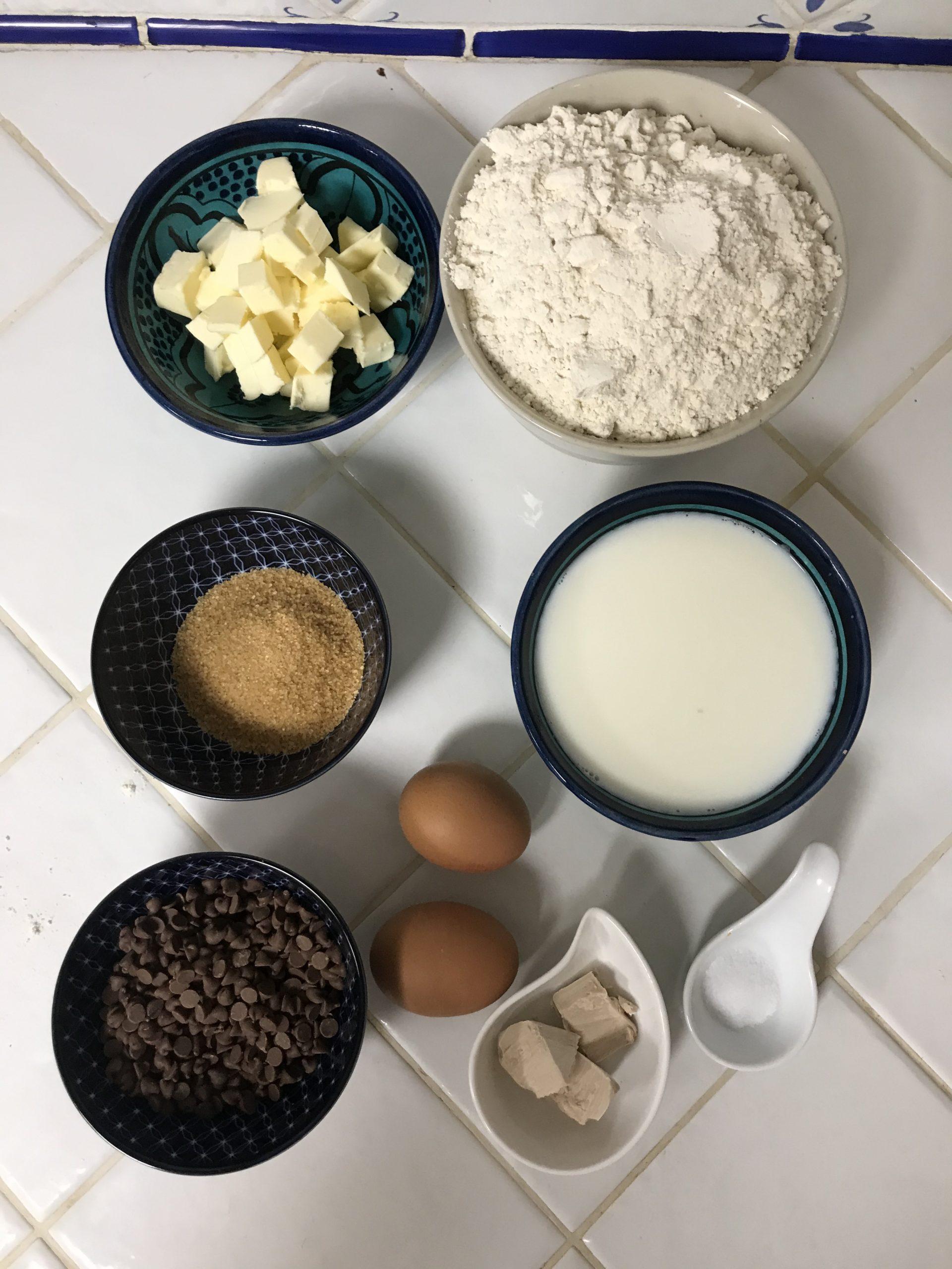 Ingrédients brioches aux pépites de chocolat