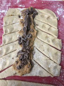 pain au chocolat tressé